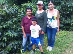 Colombian Sustainable Coffee Farmer Wilton Oswaldo & Family at Finca La Reina Coffee Farm